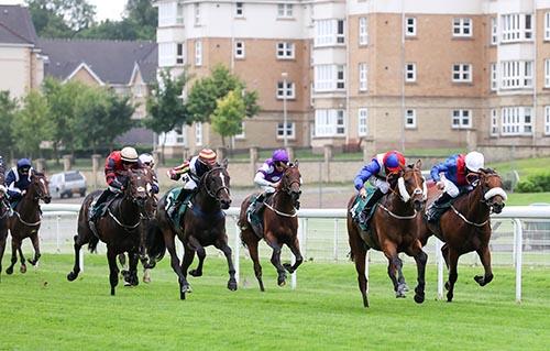 Bothwell Castle Raceday